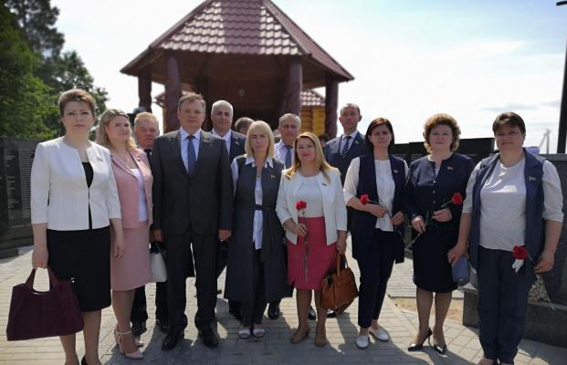 Посещение мемориального комплекса в деревне Борки
